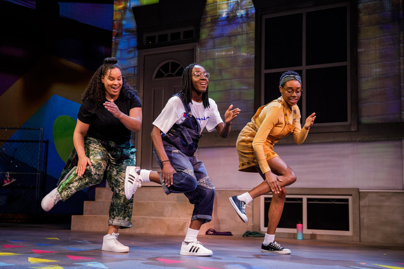 From left: Heather Gibson, Moriamo Temidayo Akibu, and Alicia Grace in SHE A GEM. (Photo by Yassine El Mansouri)