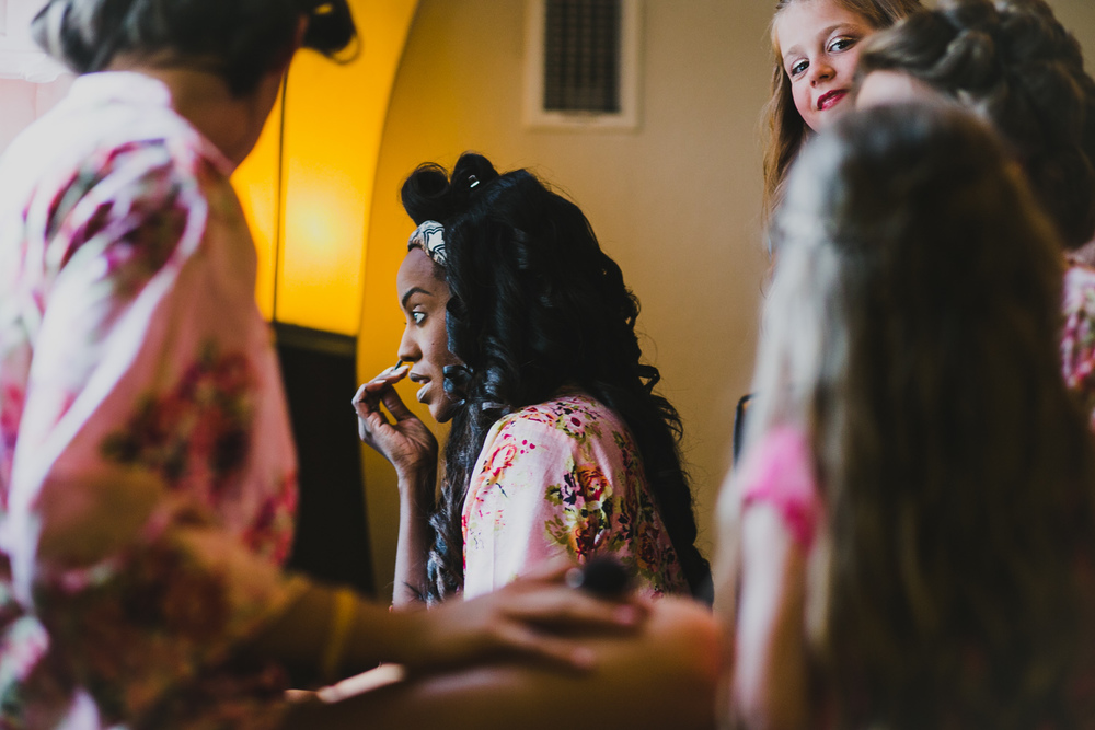 Bridesmaids Getting Ready Vista West Ranch | Lisa Woods Photography