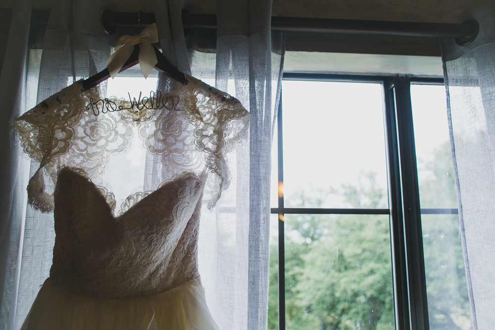 Bridal Gown | Lisa Woods Photography