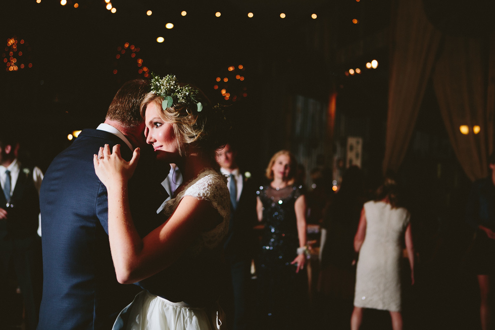 Wedding Dance at Vista West Ranch | Lisa Woods Photography