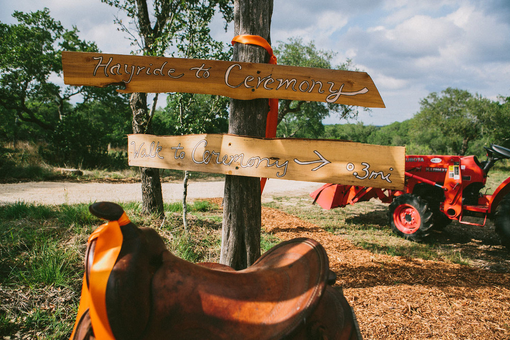 Hayride to Ceremony | Home Ranch Wedding | Lisa Woods Photography
