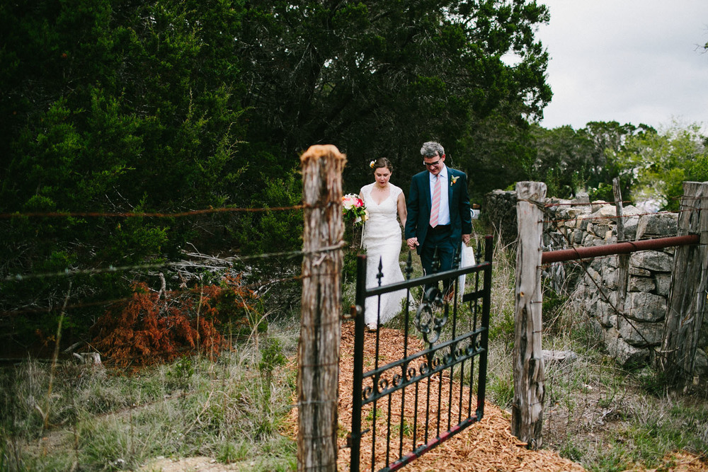 Home Ranch Wedding Bride & Groom | Lisa Woods Photography