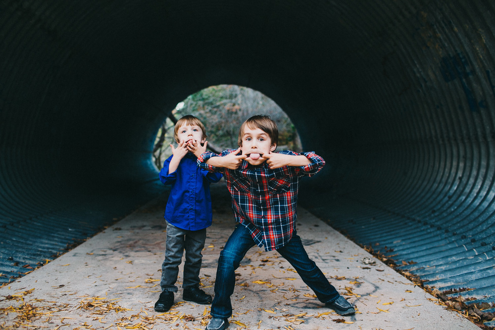 Silly Brothers | Austin Family Photographer | Lisa Woods Photography