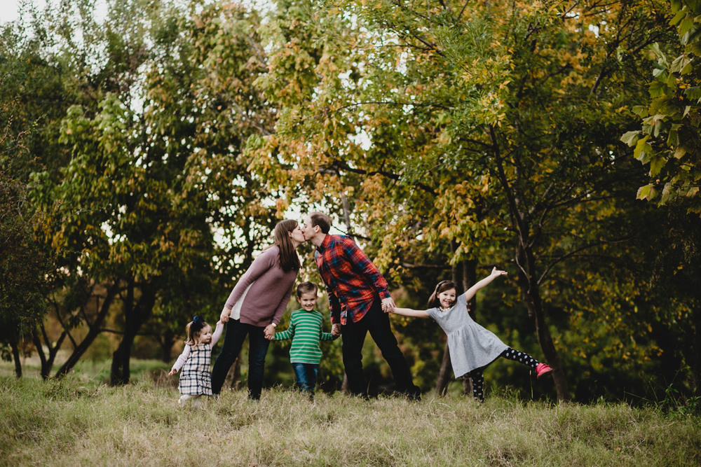 Houston Fall Holiday Family Portraits | Lisa Woods Photography