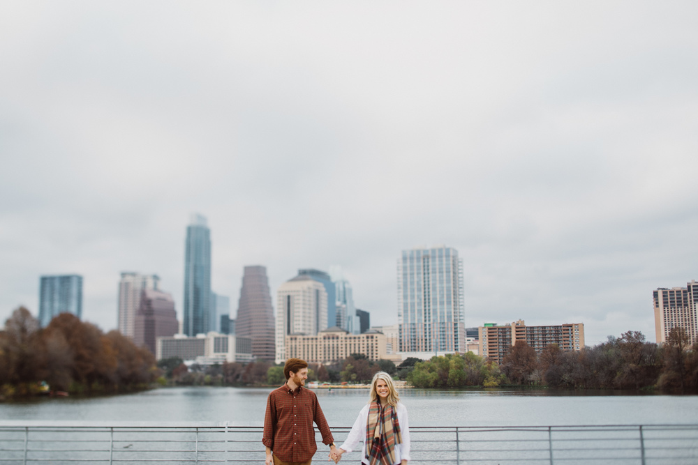 Downtown Austin | Boardwalk Engagement Session | Lisa Woods Photography
