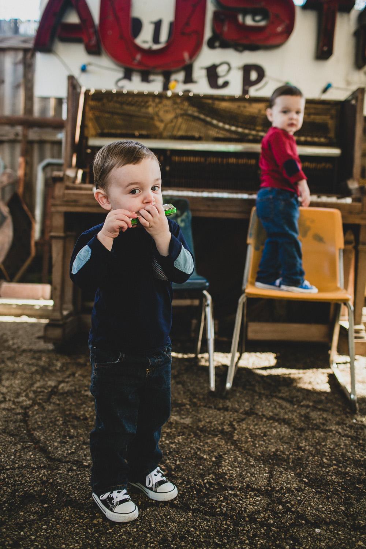 ut austin family session -thompson-4.jpg