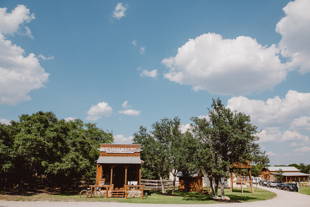twisted ranch wedding - I&B-1.jpg