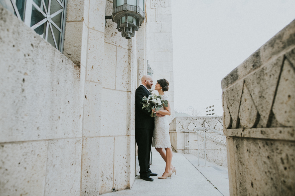 austin courthouse wedding photo