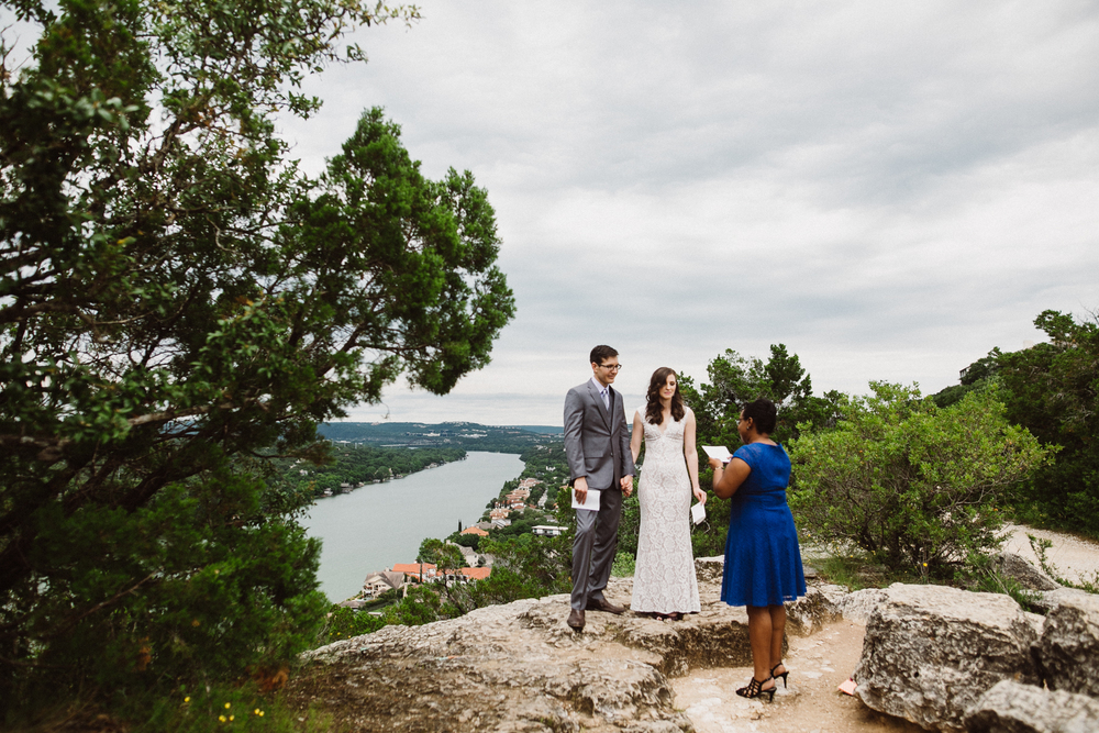 mt-bonnell-elopement - m+j-90.jpg