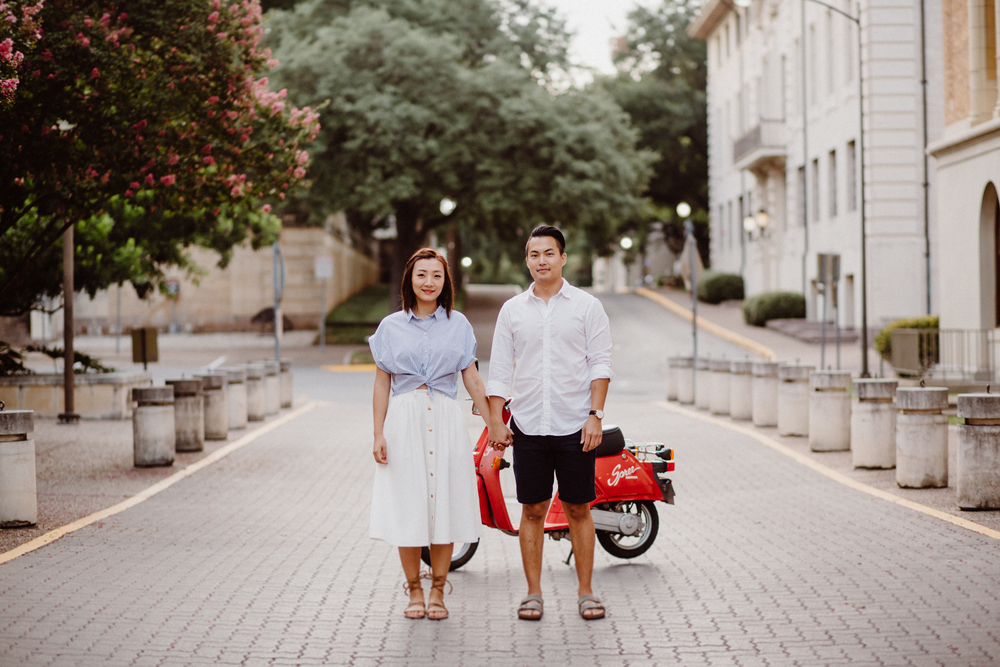 scooter-engagement-session- e&e-11.jpg