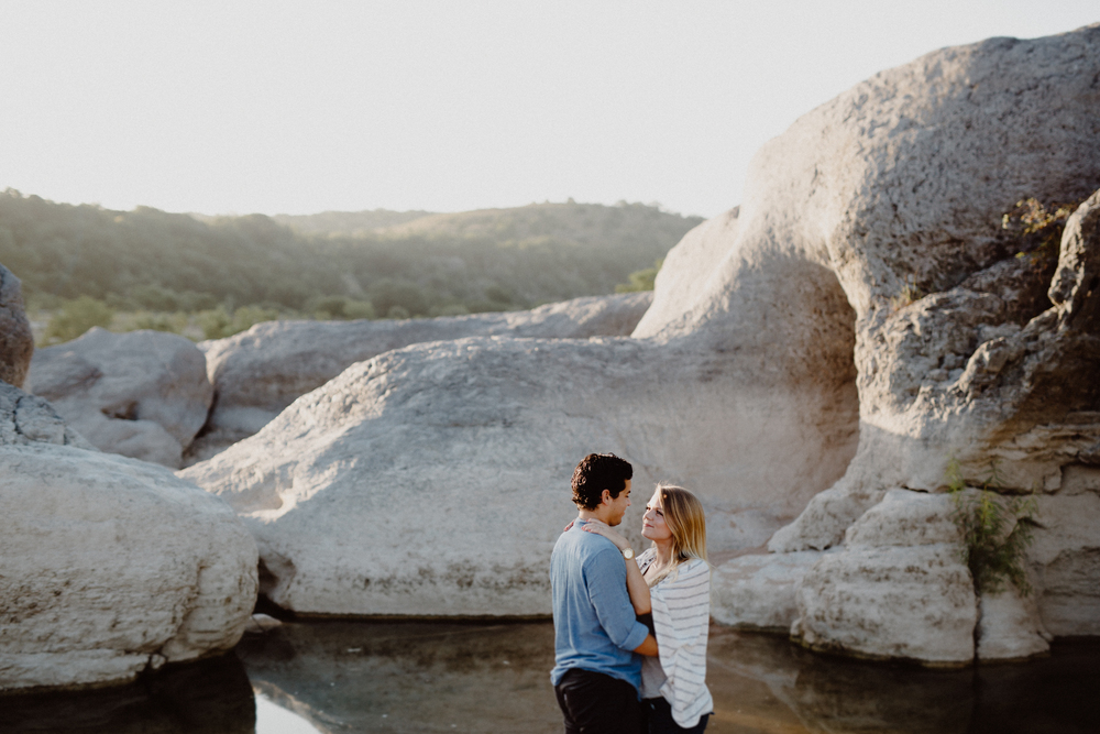 pedernales-engagement-session - o&m-140.jpg