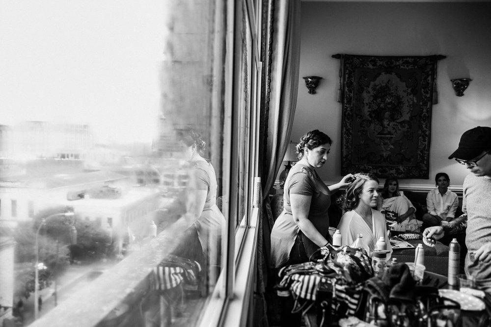 bride getting ready at driskill hotel