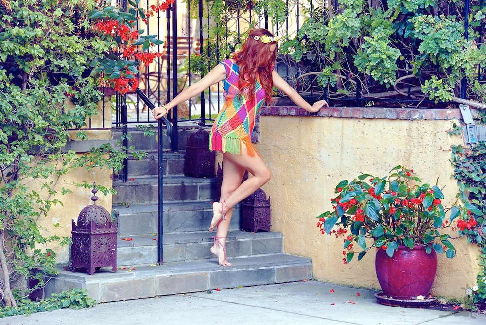 Boho Bunnie wearing a Buena Onda Wayuu Dress