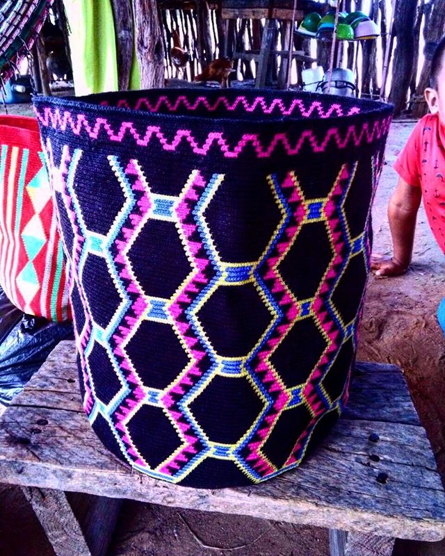 Dope patterns... #handmade #fairtrade #oneofkind #goodlooking #wayuupeople #wayuumochilas