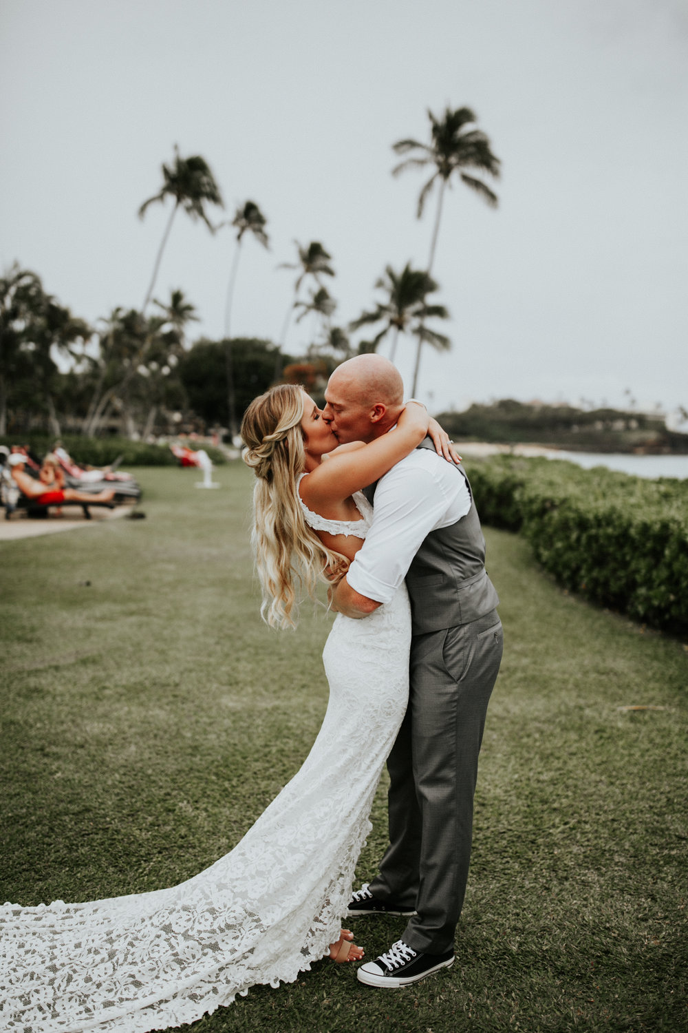 destination-wedding-photographer-hawaii-maui-elopement-42.jpg