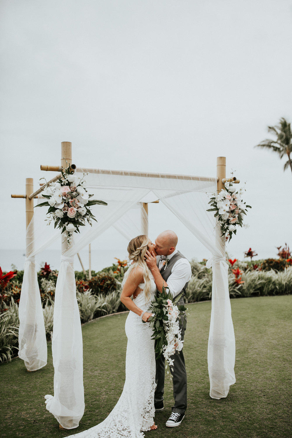 destination-wedding-photographer-hawaii-maui-elopement-59.jpg