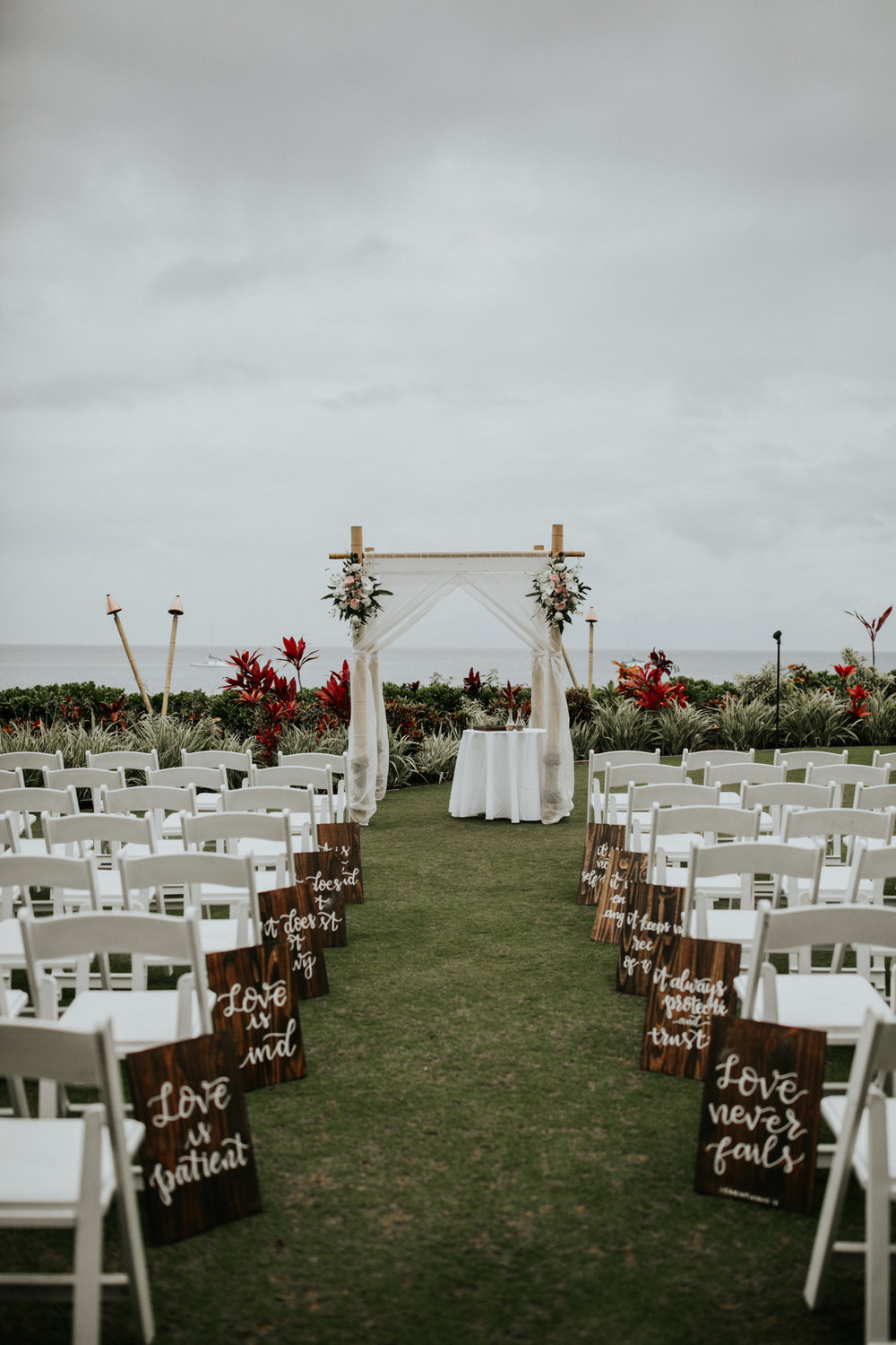 destination-wedding-photographer-hawaii-maui-elopement-64.jpg