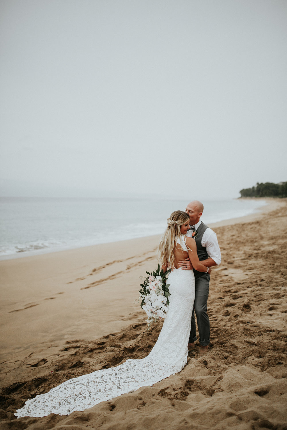 destination-wedding-photographer-hawaii-maui-elopement-87.jpg
