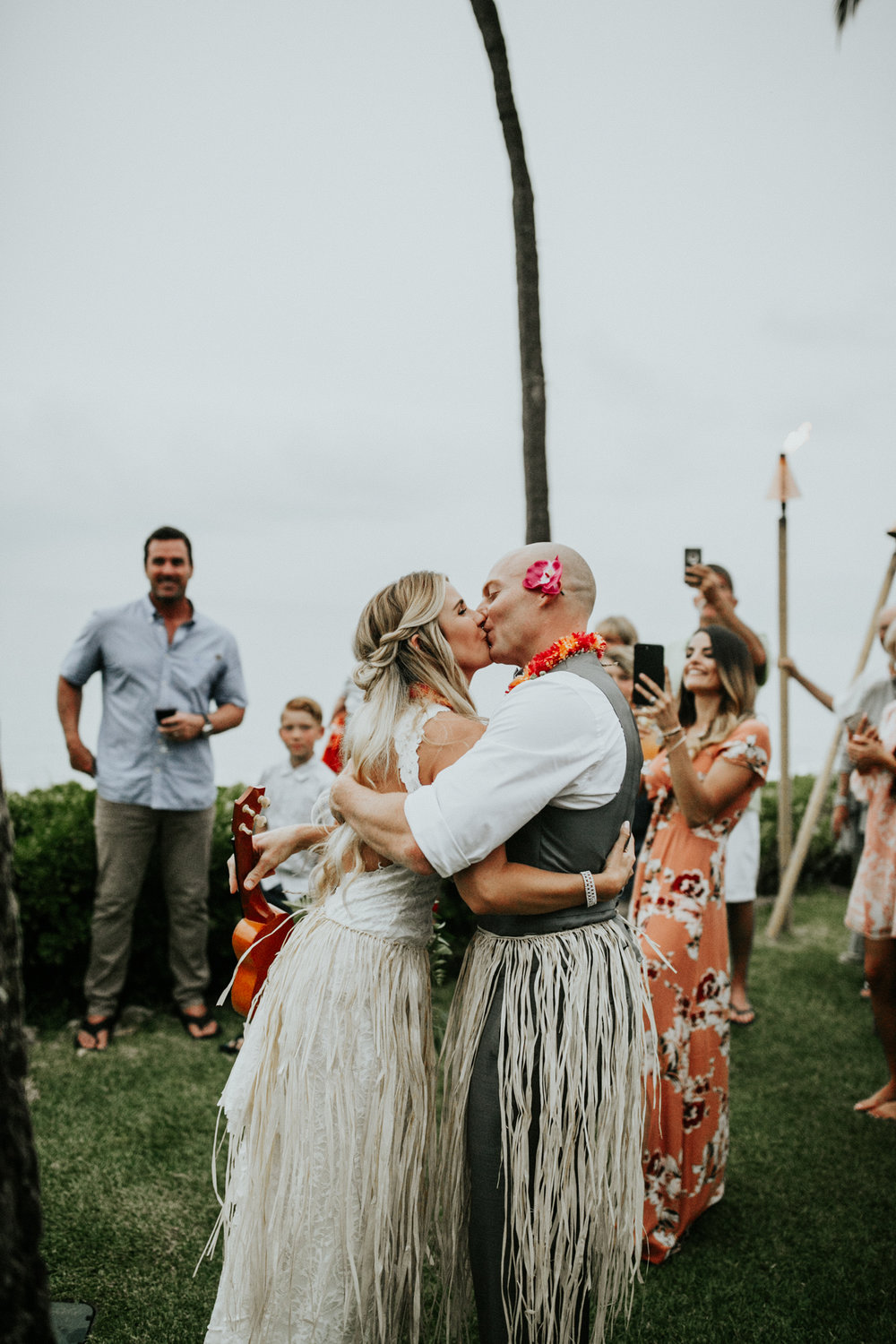 destination-wedding-photographer-hawaii-maui-elopement-97.jpg