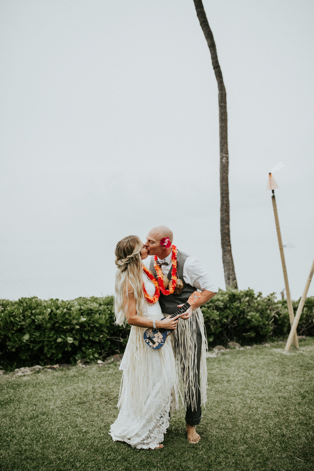 destination-wedding-photographer-hawaii-maui-elopement-98.jpg