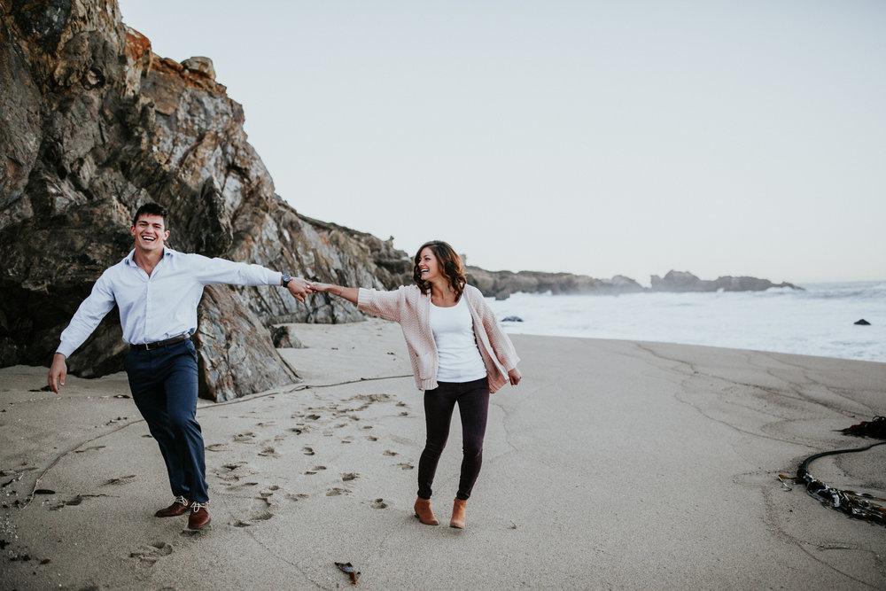 gracetphotography-destination-wedding-photographer-bigsur-adventure-elopement-1.jpg