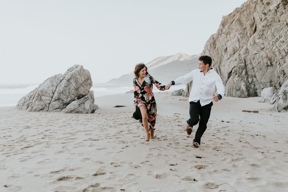 gracetphotography-destination-wedding-photographer-bigsur-adventure-elopement-11.jpg