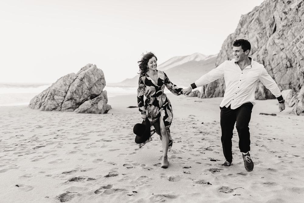 gracetphotography-destination-wedding-photographer-bigsur-adventure-elopement-12.jpg
