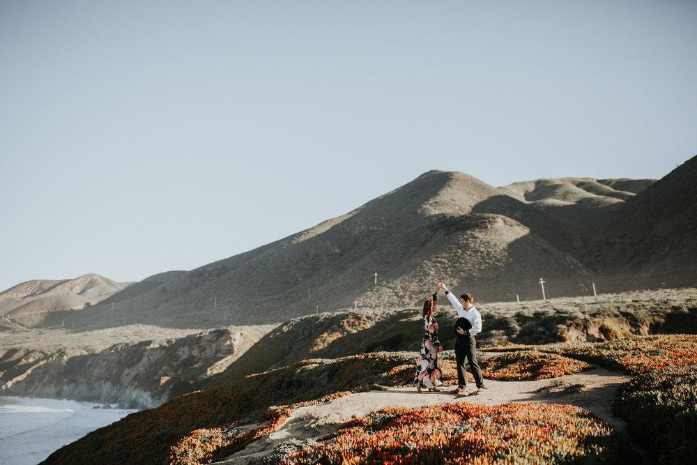 gracetphotography-destination-wedding-photographer-bigsur-adventure-elopement-34.jpg