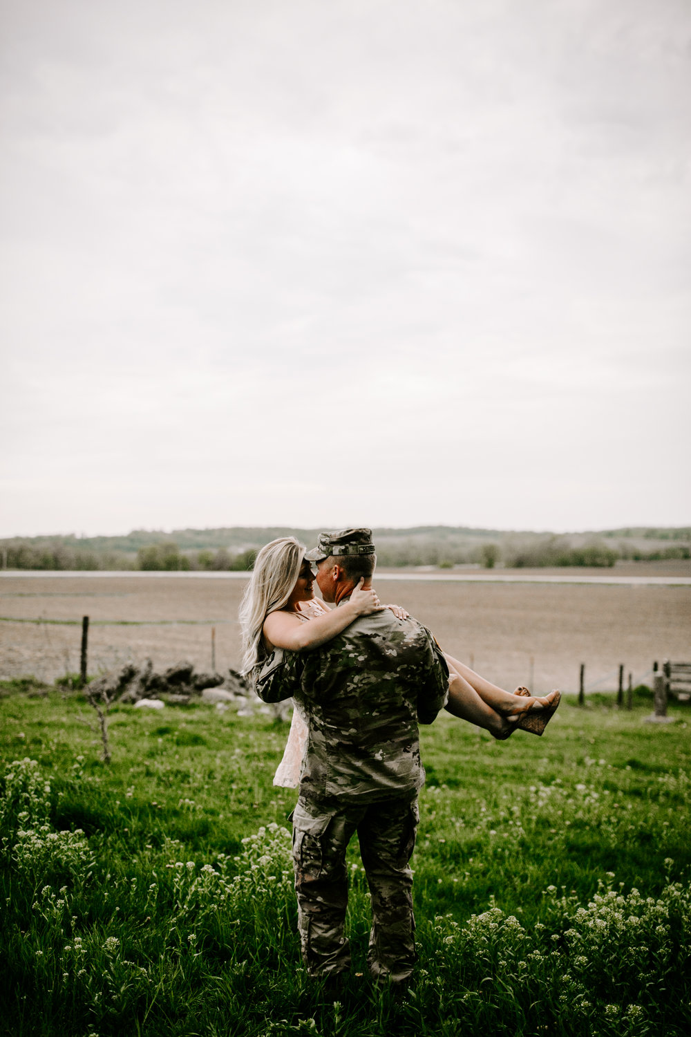 gracetphotography-wedding-photographer-adventure-bride-engagement-26.jpg