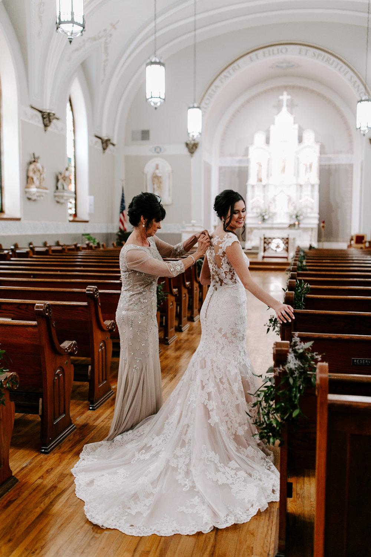 grace-t-photography-iowa-wedding-photographer-desmoines-iowa-12.jpg