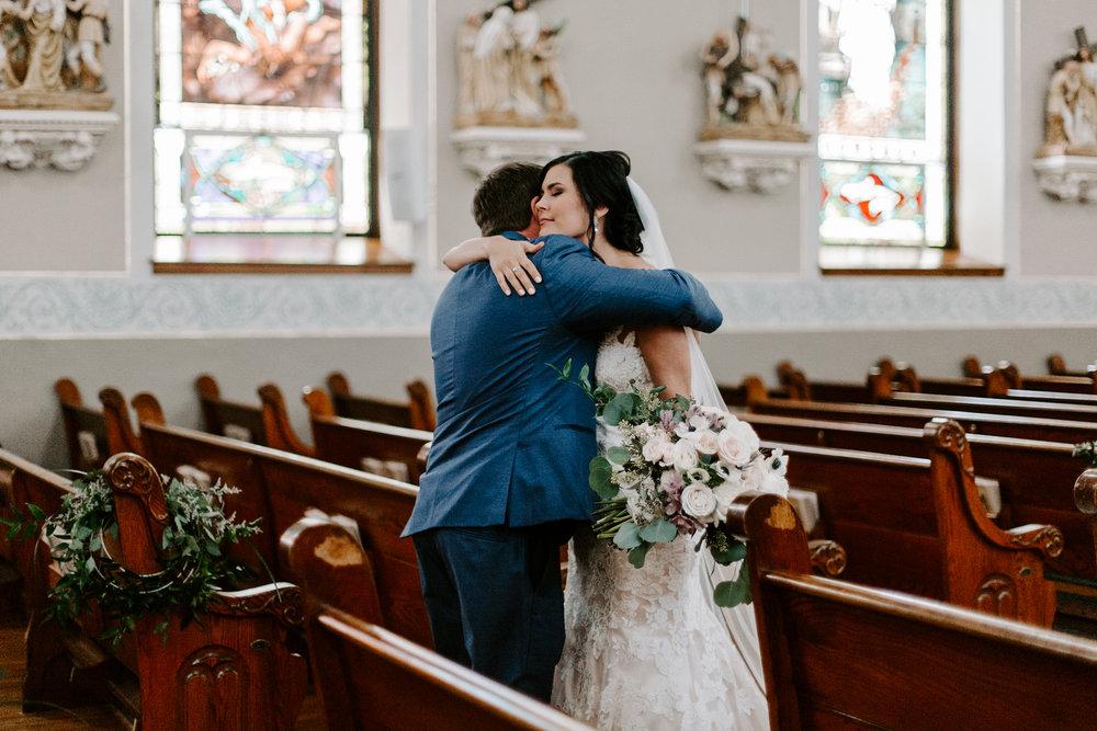 grace-t-photography-iowa-wedding-photographer-desmoines-iowa-19.jpg