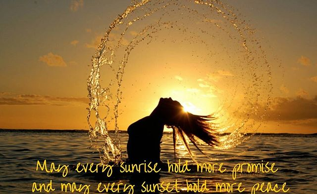 #HappySunday #SundayFunday #sunrise #sunset #peace #hope #inspiration #quotes #ocean Wishing you a joyful Sunday!