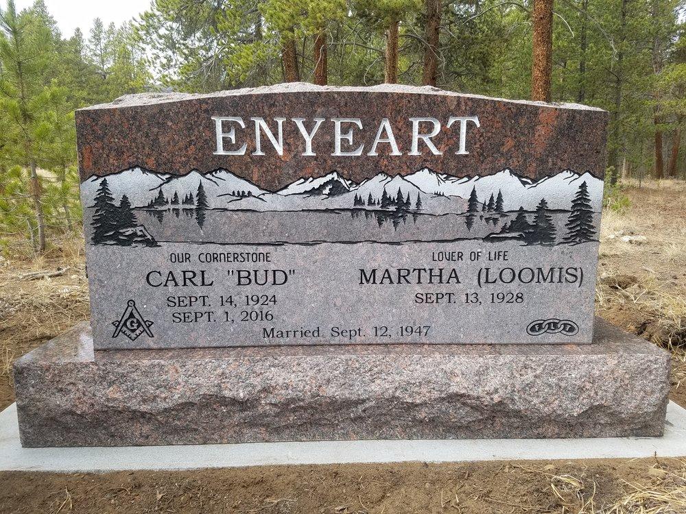 Enyeart, Carl & Martha.jpg
