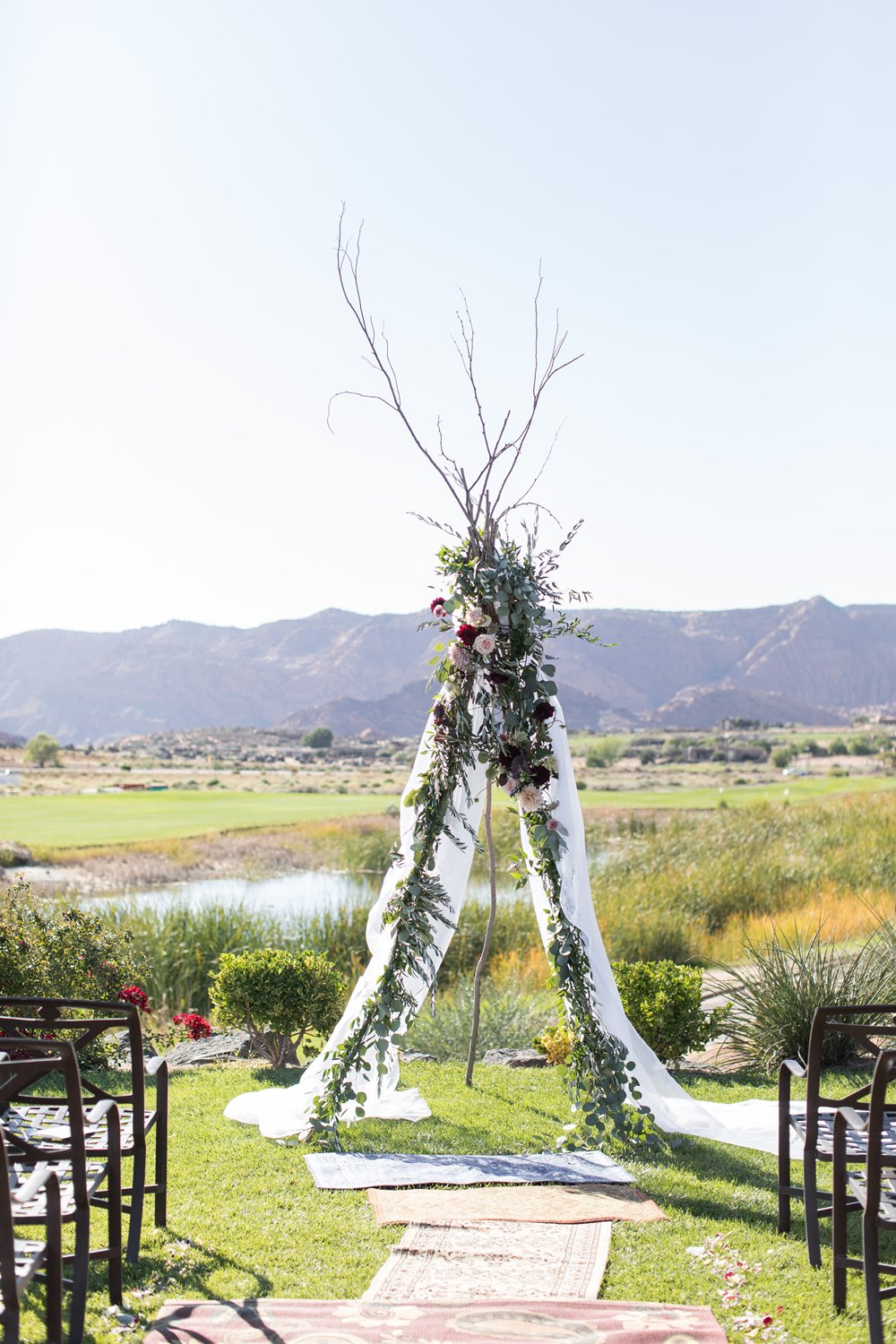 boho inspired wedding backdrop