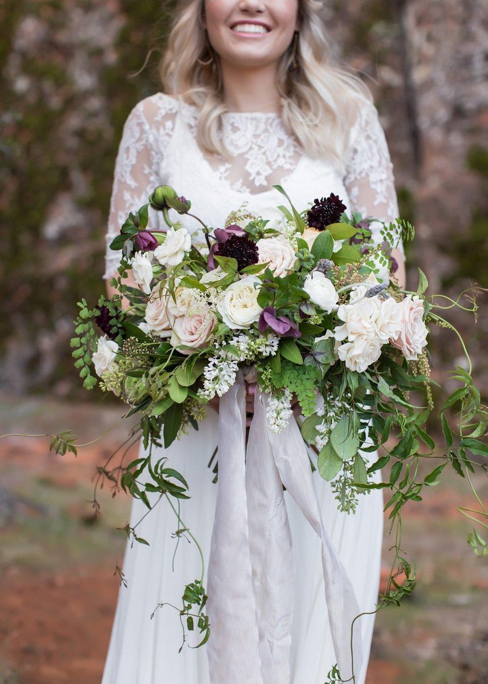garden style bridal bouquet