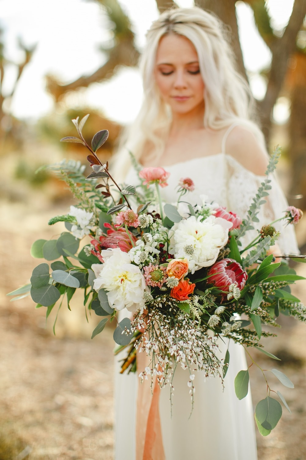 boho inspired bridal bouquet
