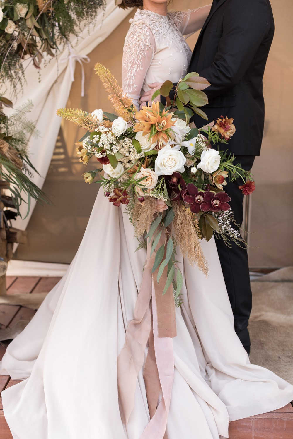 sepia oversized bridal bouquet