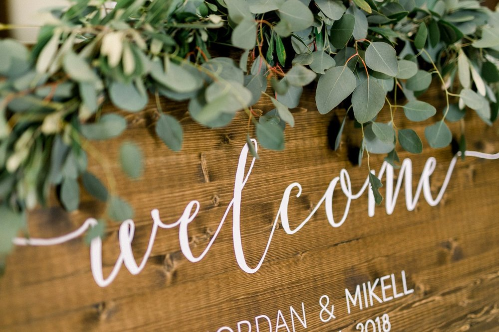 welcome sign garland