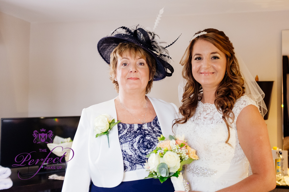 Helen and her lovely Mum Dawn looking fabulous.