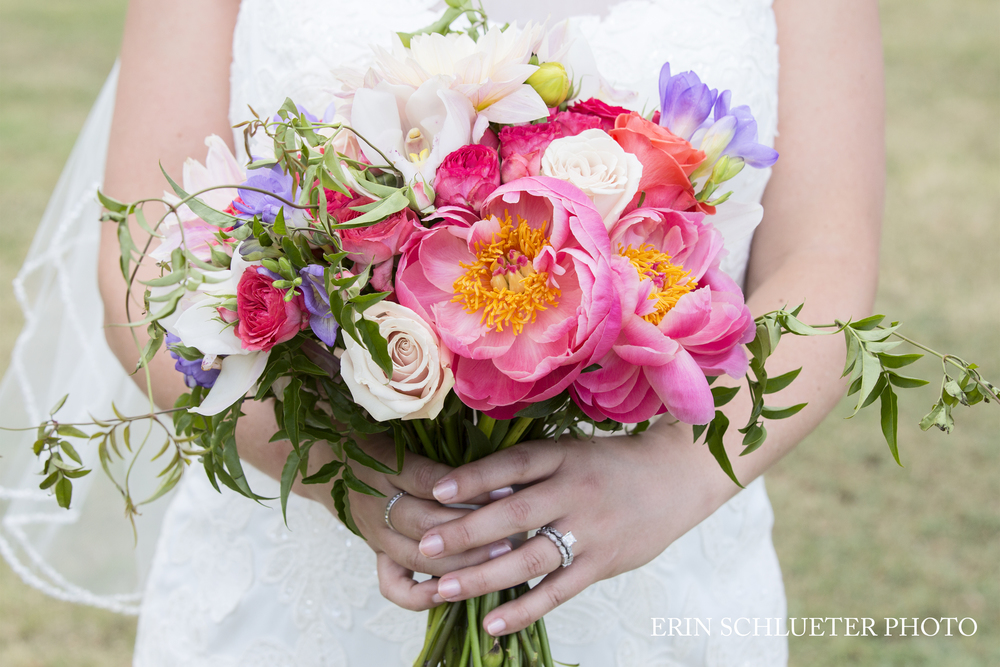 bridal_wedding_bouquet_peonies