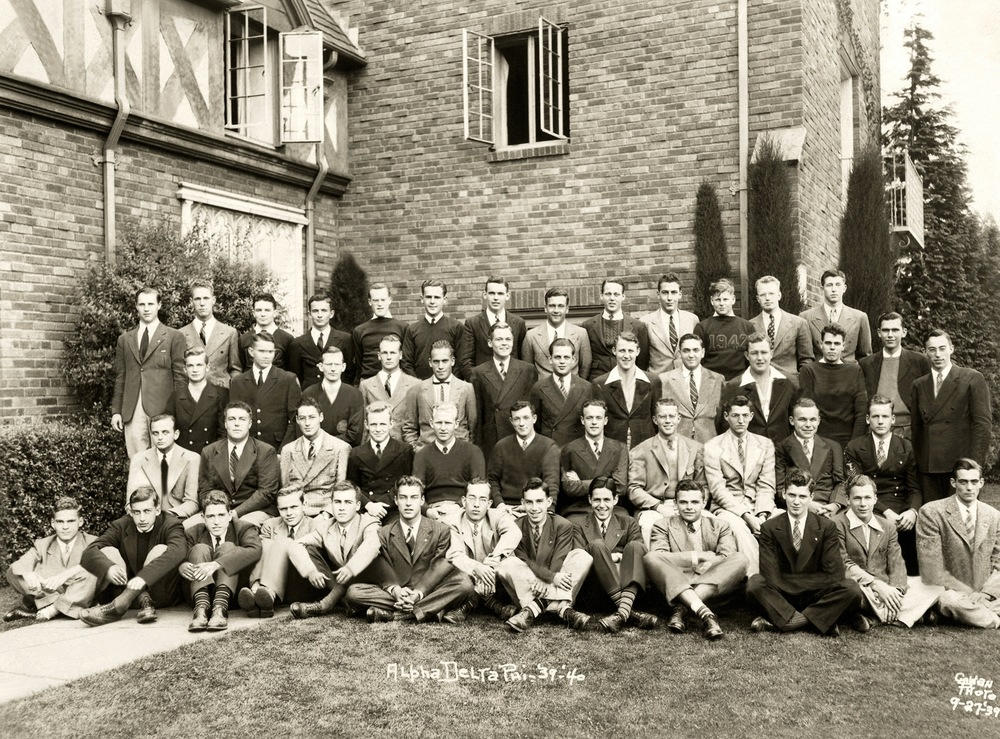 Class Picture 1939-1940.jpg