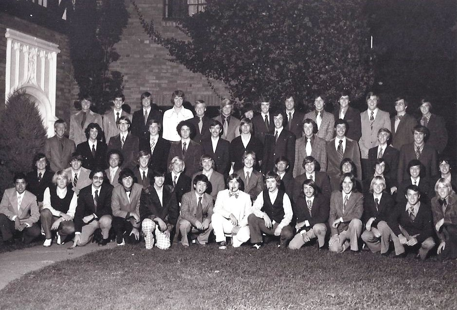 Class Picture 1975-1976 (1).jpg