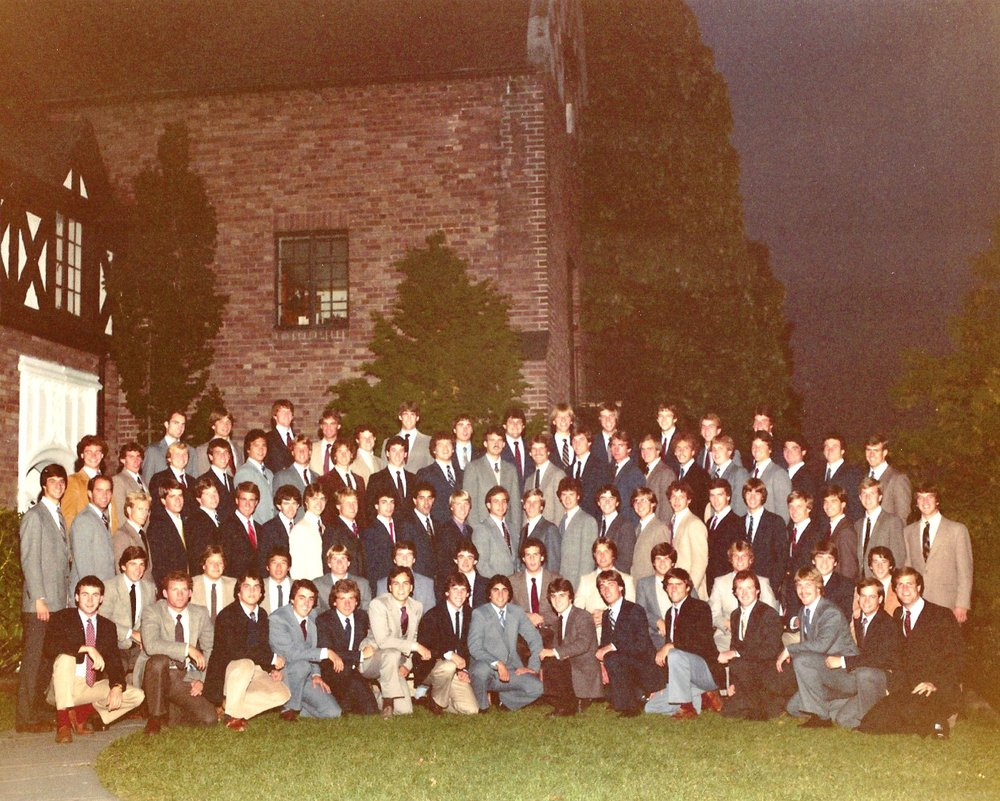 Class Picture 1982-1983.jpg