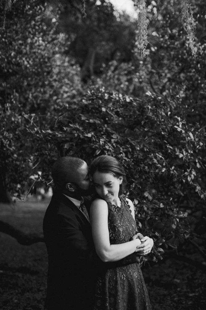 city park engagement -10.jpg