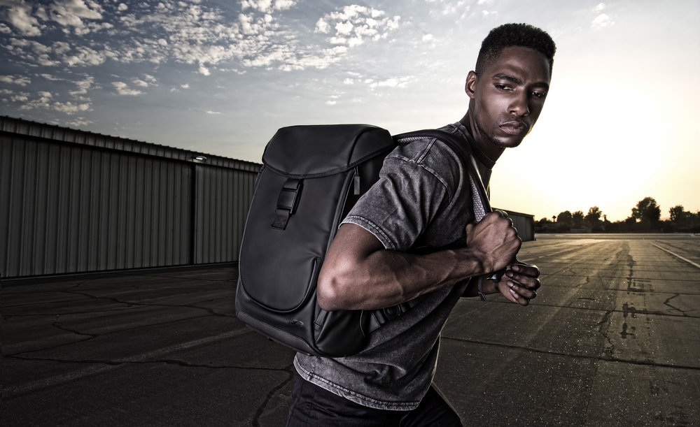 ZERO-G - Weight Reducing BackpackMakes 20lbs Feel Like 10