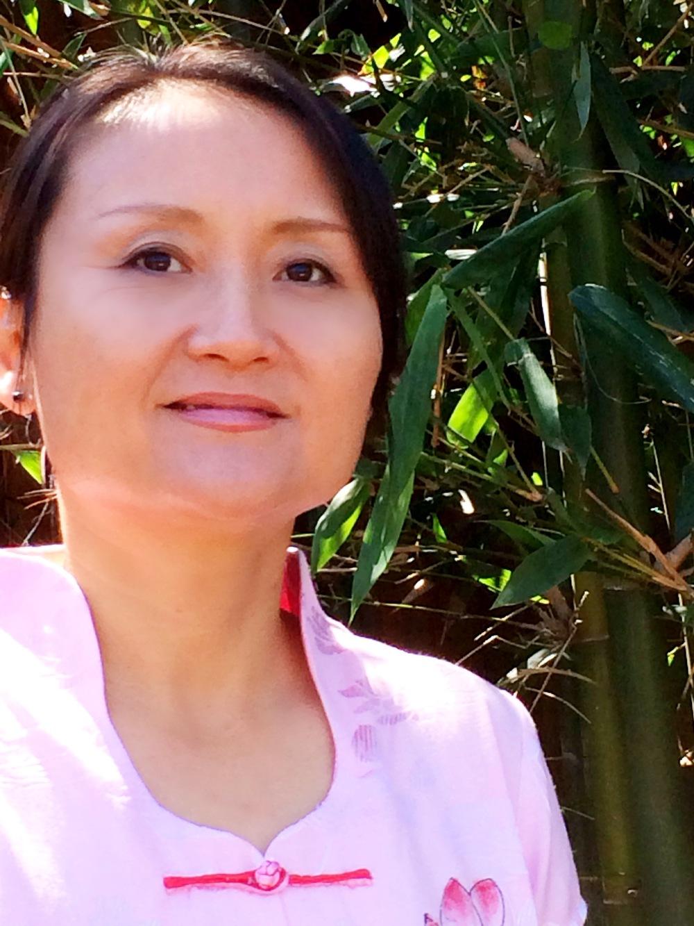 Chiyan Wang  Qigong teacher & Fengshui consultant