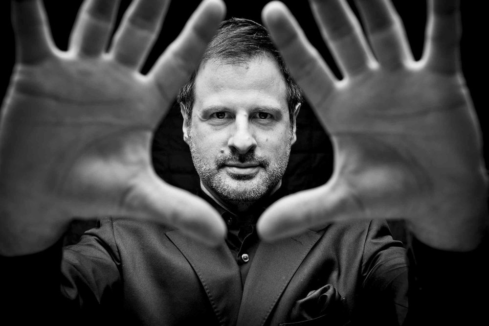 San Francisco Magician Dennis Kyriakos