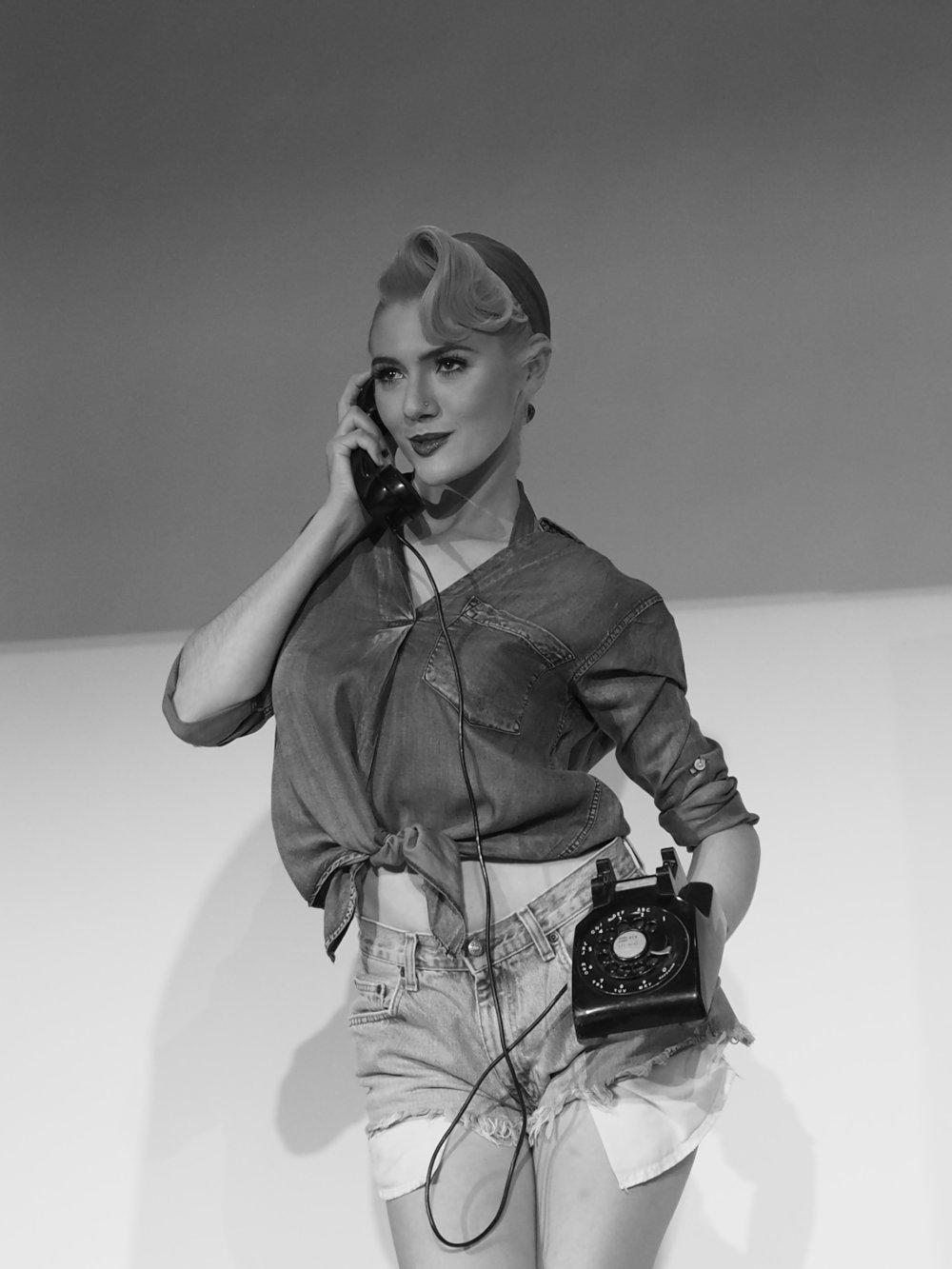 Hello? - Jane & the Bake Lite (Telephone)