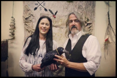 with Sandra O'Neill of Laois, Ireland, and her gift of a hand-felted crow inspired by Hilliard's book