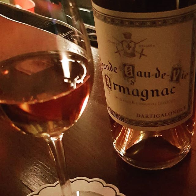 I'm not sure that I can think of a better way to end a lovely evening then with this equally lovely glass of #Armagnac. Thank you @tommytardie for always making my visits to Fine + Rare such a treat.  #spirits #frenchbrandy #frenchspirits #brandy #brandycocktail #nightcap #delicious #brownspirits